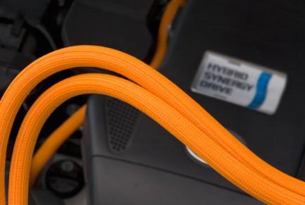 Фото5 F6N1.25.. Самозастегивающаяся оборачиваемая эластичная кабельная оплетка- 3.18 см