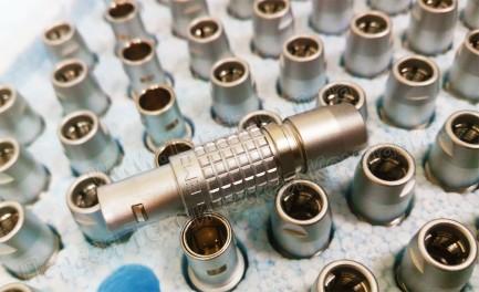 Фото4 F...B.3...C.. Разъём многоконтактный кабельный, штекер, серия 0B/3B