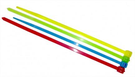 Фото2 SNC-25-100.. - Стяжки нейлоновые шириной 2,5 мм, длиной 100 мм, цветные (УФ)